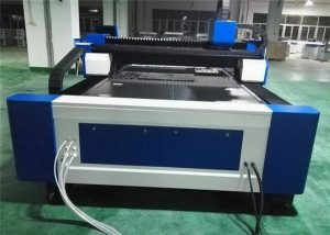 mesin pemotong laser serat baja 60 m / mnt